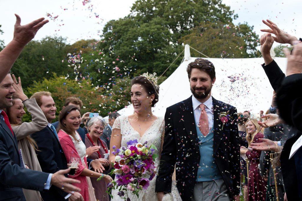 Guinness bride groom confetti
